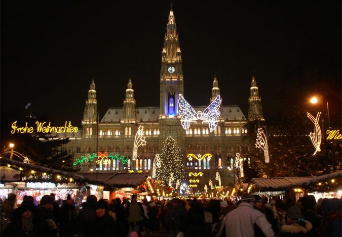 Christkindlmarkt at Vienna's City Hall