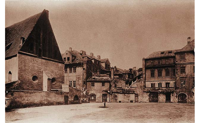 Surrounding areas of Old New Synagogue. Photo from 1902