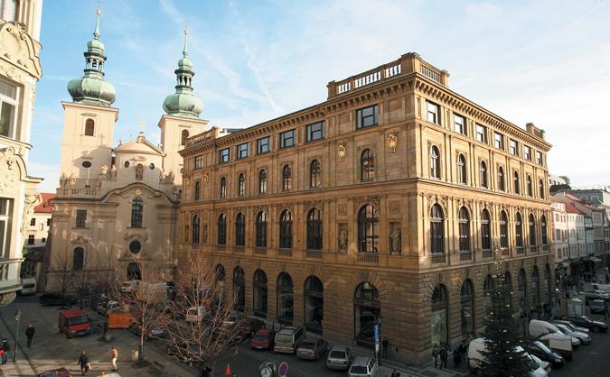 The Story of Česká spořitelna Expat Center Building