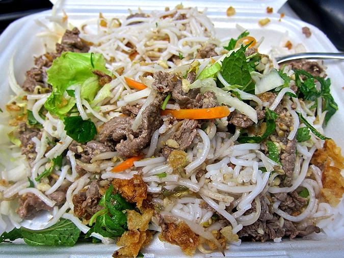 Pho Vietnam Tuan & Lan