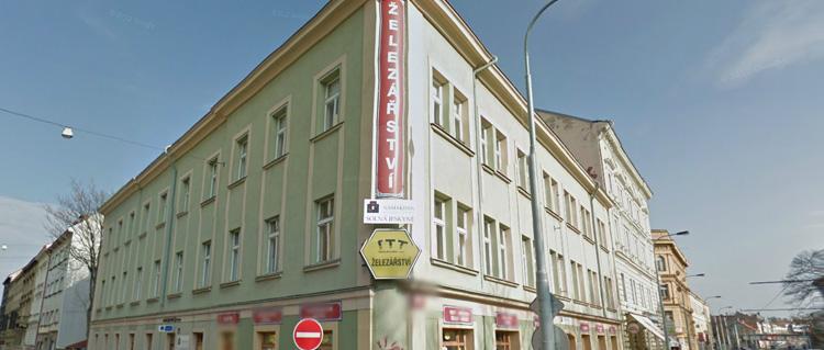 Deciphering a Czech Hardware Store