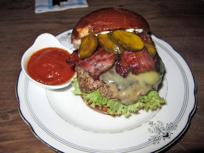 Brewsta's Burgers 2012