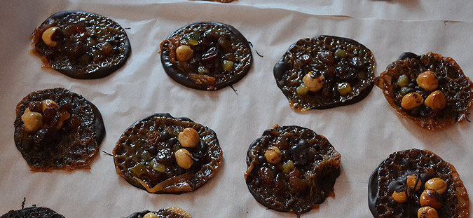Chewy, chocolatey florentines