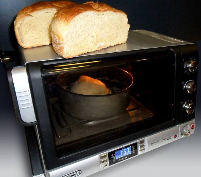 With the De'Longhi Pangourment oven, even you yourself can become a baker!