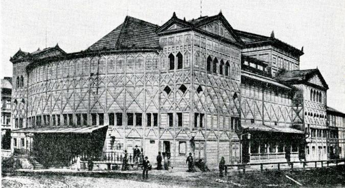 Image: http://www.theatre-architecture.eu
