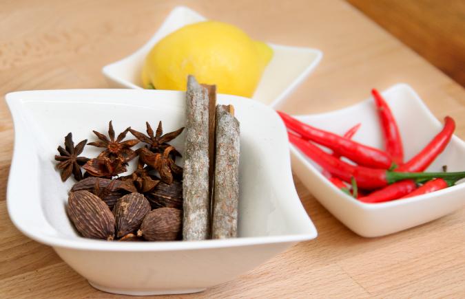 How We Eat: Ha Minh and Ha Linh
