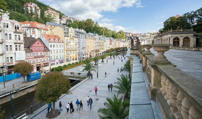 Boarding School Opens In Czech Spa Town