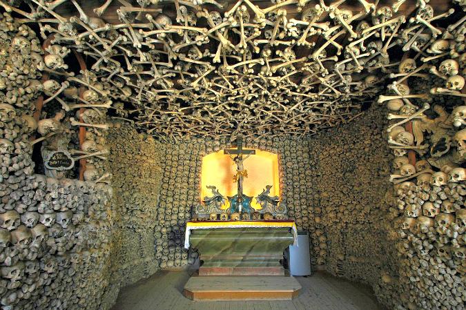 Chapel of Skulls, Czermna / Image: Wiki - Merlin