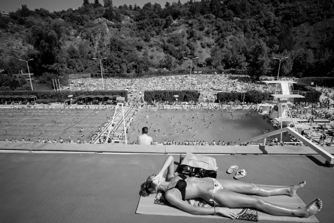 In Photos: Summer Sets on Podolí Swimming Pool