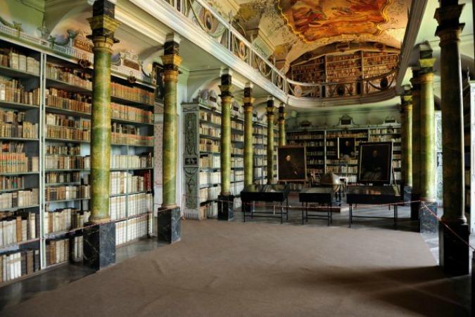 Photo: www.klasterbroumov.cz