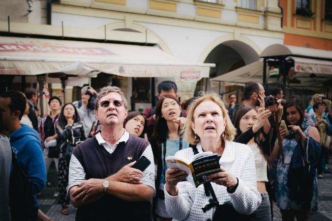 """PHOTOS: Tourist Reactions to Prague's """"Spectacular"""" Astronomical Clock"""