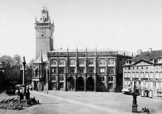 Krennův house stood on Old Town Square in 1902; Photo: Henry Eckert,1900 © HISTORICKE-FOTO.CZ