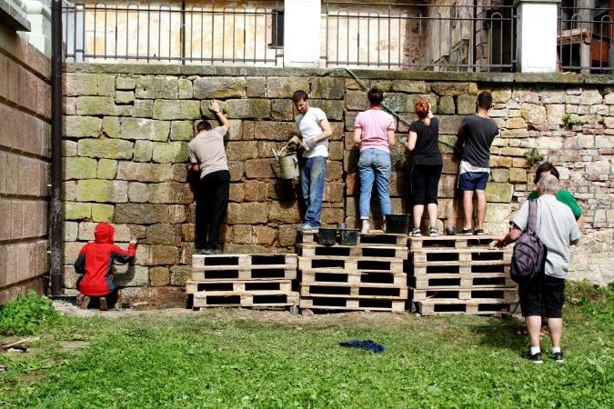 Restoring Wallenstein's Loggia
