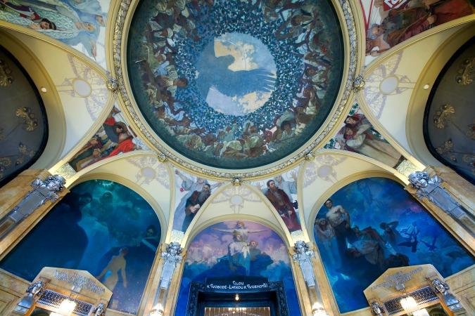 Mucha murals at Municipal House / Photo: Wiki Commons