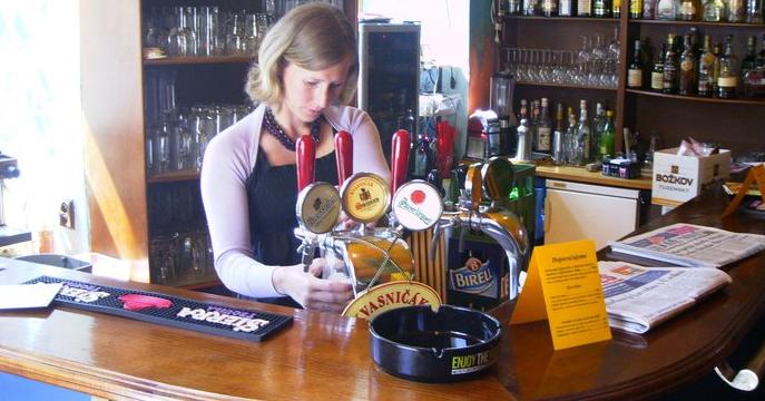 Bar Review: Žlutá pumpa