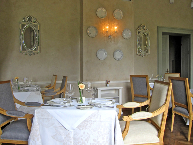 , Chateau Mcely – Piano Nobile Restaurant, Expats.cz Latest News & Articles - Prague and the Czech Republic, Expats.cz Latest News & Articles - Prague and the Czech Republic