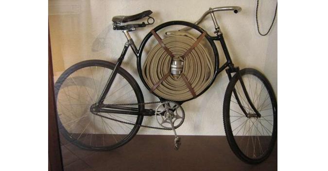 Cimrman's Fireman's Bicycle