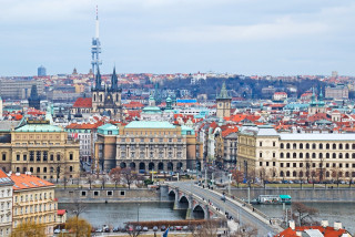 Foreigners now make up more than 25% of Prague's workforce