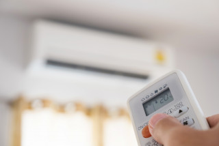 A/C office battle: What have Czechs got against air conditioning, anyway?