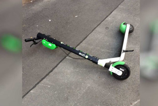 Czech Transport Ministry: E-scooters can't be driven on sidewalks under any circumstances