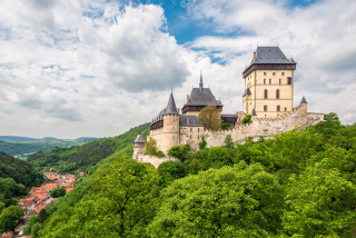 Czech Republic contemplates 10,000 crown vacation vouchers that companies could write off taxes