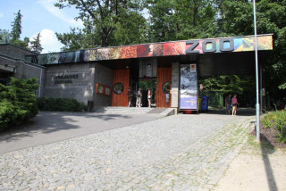 Czech zoos call for an earlier reopening date, say they are similar to parks