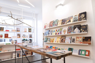 How to support Prague indie bookstores and Czech e-shops
