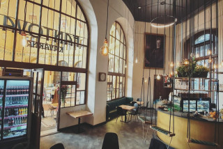 A new tenant has taken over historic Fanta's Café in Prague's main station