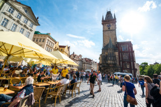 Honest Guide maps out central Prague pubs that have discounted their beer by 50% or more