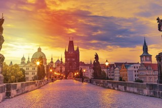 Prague mayor jabs back at Czech PM in ongoing Charles Bridge dinner party debate