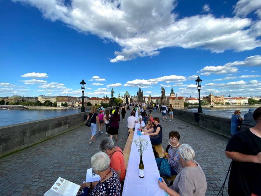 June 30 Charles Bridge dinner / photo via Jason Pirodsky