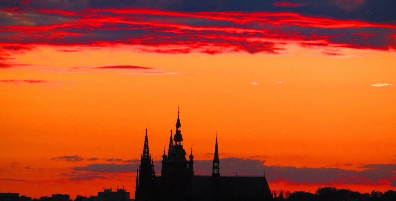 Half a million sunsets: Prague writer has a passion for capturing the setting sun