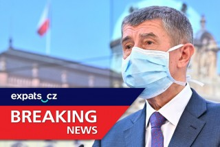 Breaking: New Czech anti-COVID-19 measures to close restaurants, pubs, and schools; alcohol banned in public
