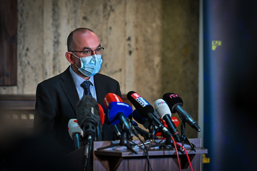 Minister of Health Jan Blatný told journalists today the government's plans to purchase the new Pfizer vaccine. (photo: Vlada.cz)
