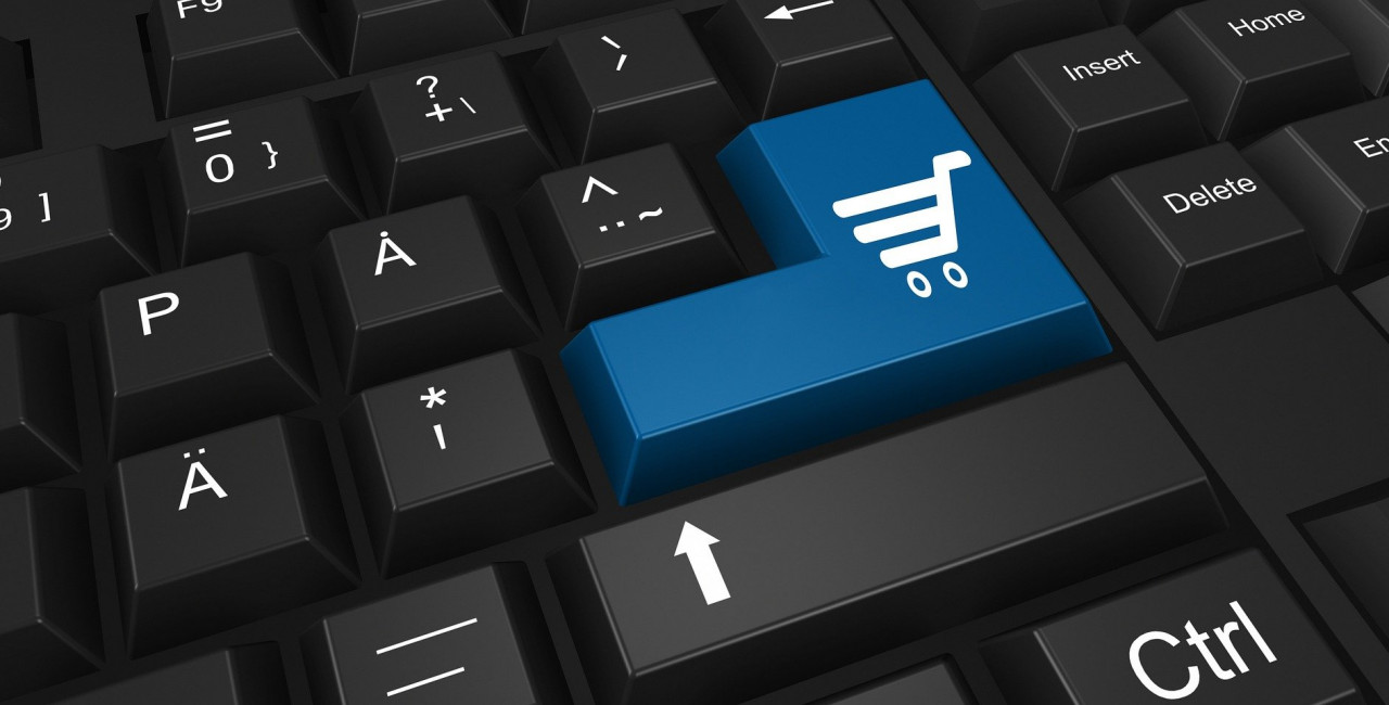 Interest in online shopping is expected to be high throughout the rest of the year. (photo: Pixabay / Pete Linforth)