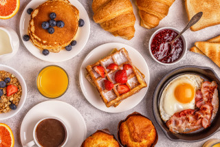 10 delivery tips for Prague's best breakfasts, brunches, and bubbles