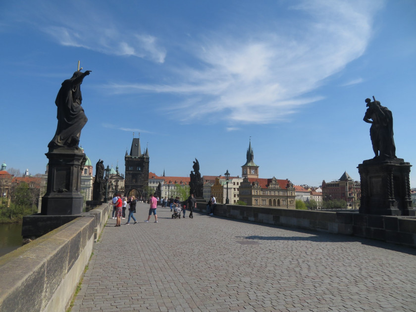 Charles Bridge without tourists. (photo: Raymond Johnston - Expats.cz)