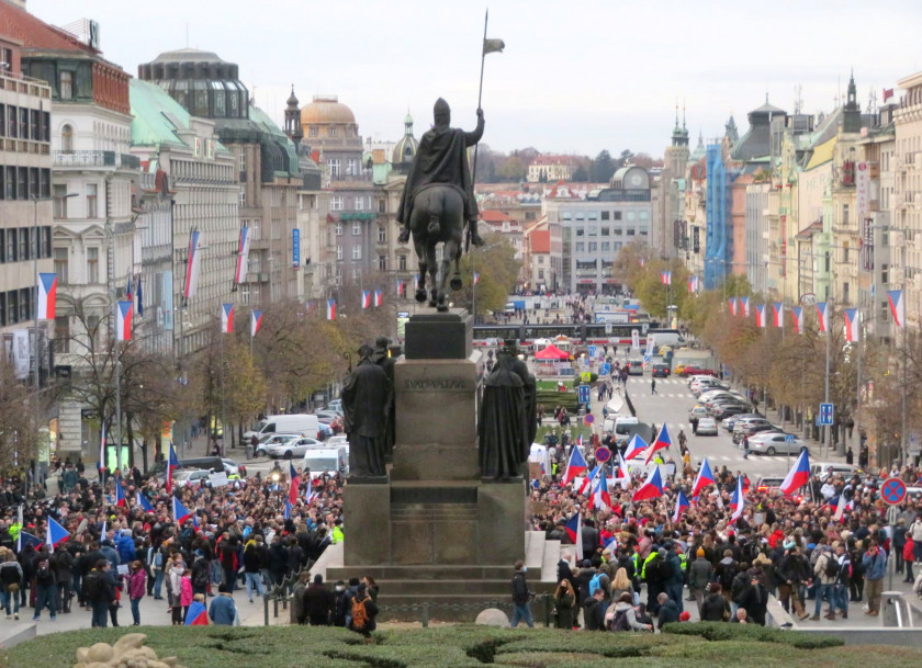 Protesters gather at the top of Wenceslas Square during a rally against lockdown restrictions in the country. (photo: Raymond Johnston - Expats.cz)