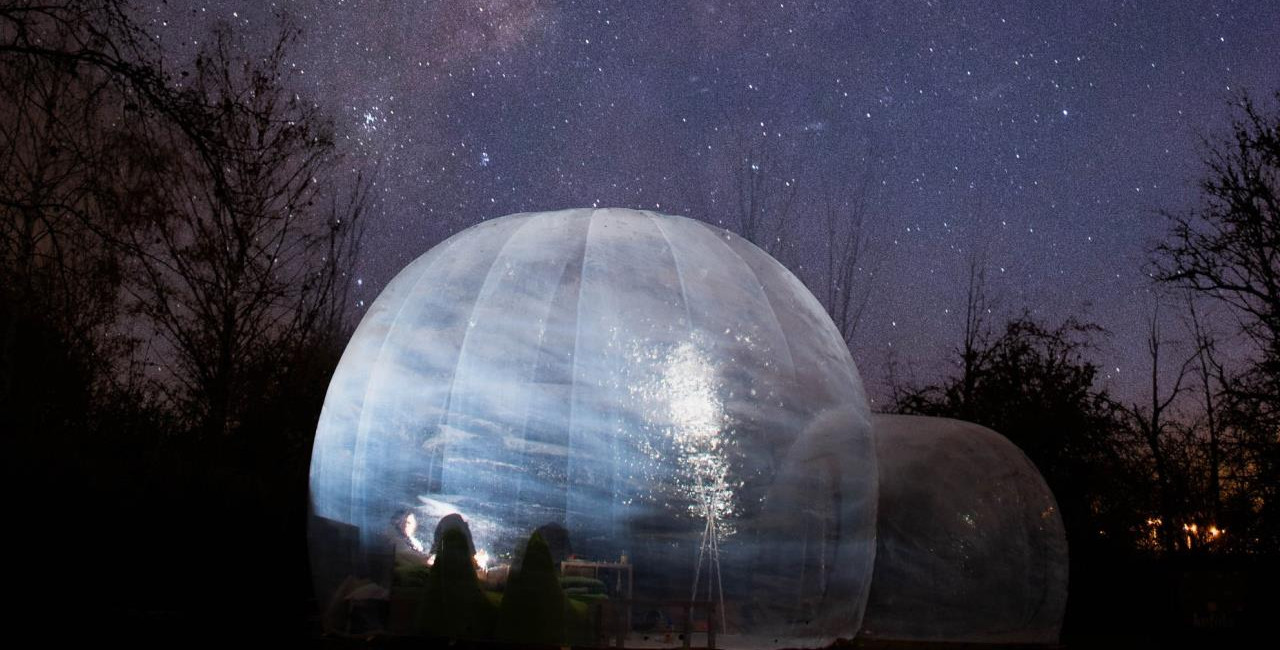 Skyhome is a transparent bubble set out in nature. (photo: Skyhome, Facebook)