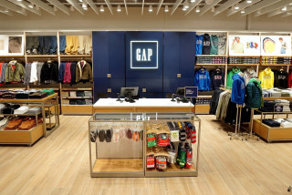 Fashion giant Gap opens first Czech stores in Prague, Ostrava