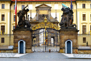 Prague Castle remains closed, despite the easing of pandemic restrictions