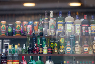 Czech Trade Inspection Authority: children can easily buy alcohol in Czech shops