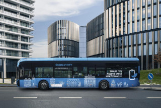 Prague buys 14 emission-free electric buses to start an environmentally friendly fleet