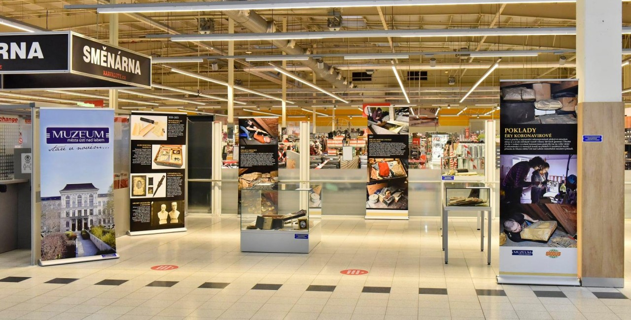 Aisles of history: Czech supermarket transformed into museum during culture closures