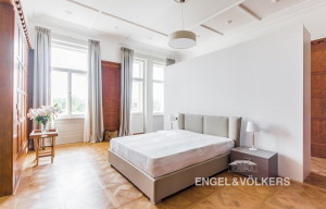 Apartment for rent, 2+1 - 1 bedroom, 107m<sup>2</sup>