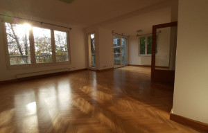 Apartment for rent, 4+1 - 3 bedrooms, 150m<sup>2</sup>