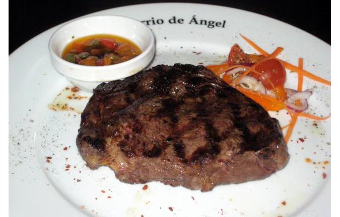 https://www.expats.cz/resources/barrio-steak-675.jpg