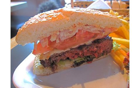 https://www.expats.cz/resources/burgers-2010-prague-002.jpg