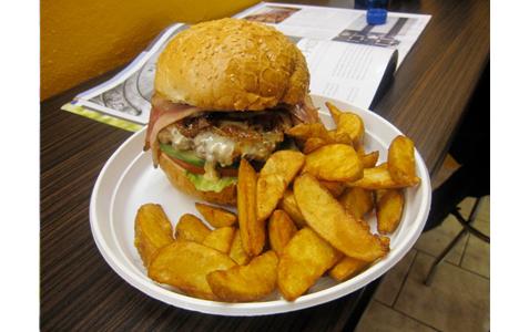 https://www.expats.cz/resources/burgers-2010-prague-006.jpg