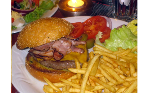 https://www.expats.cz/resources/burgers-2010-prague-022.jpg